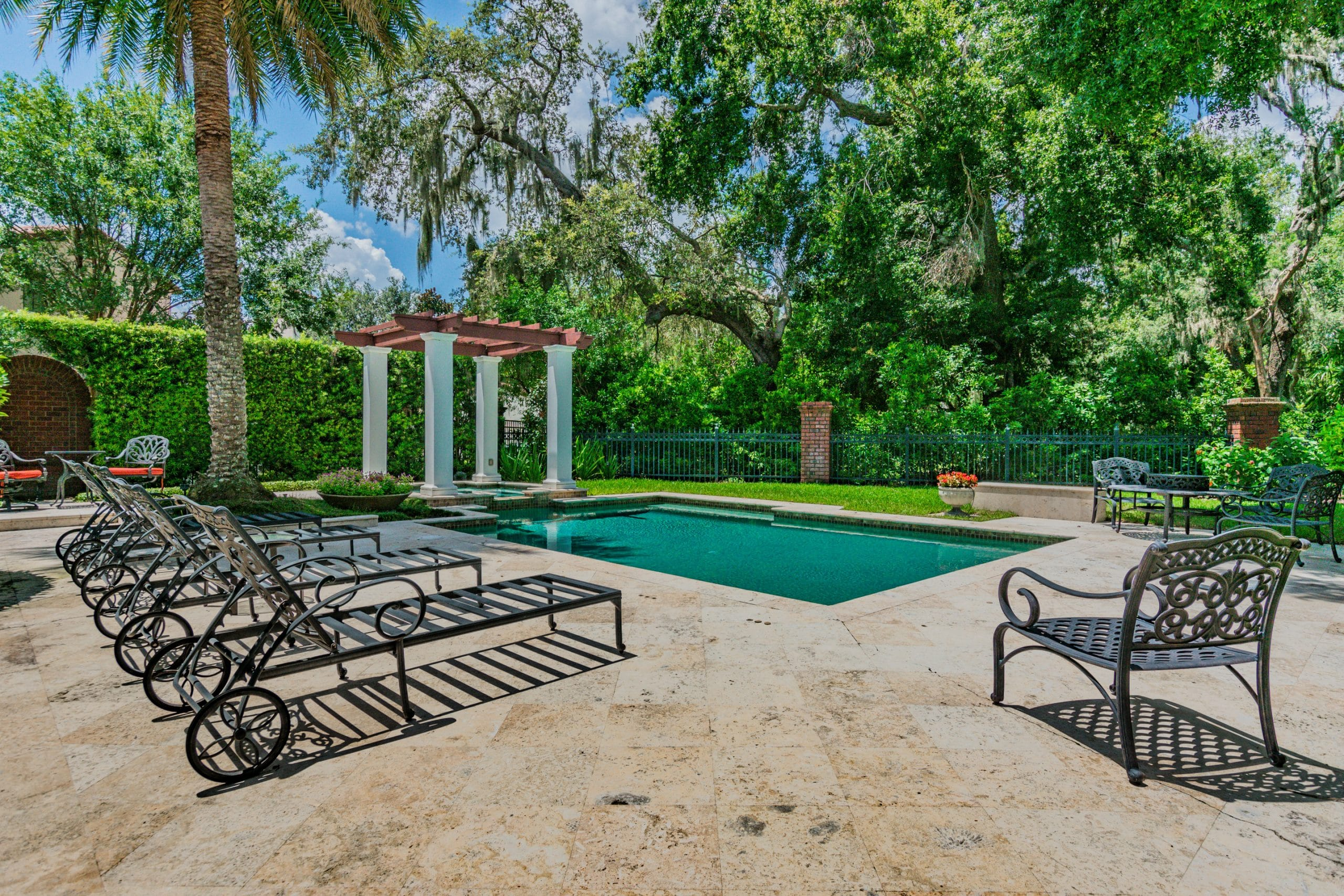 Naples real estate photography outdoor living