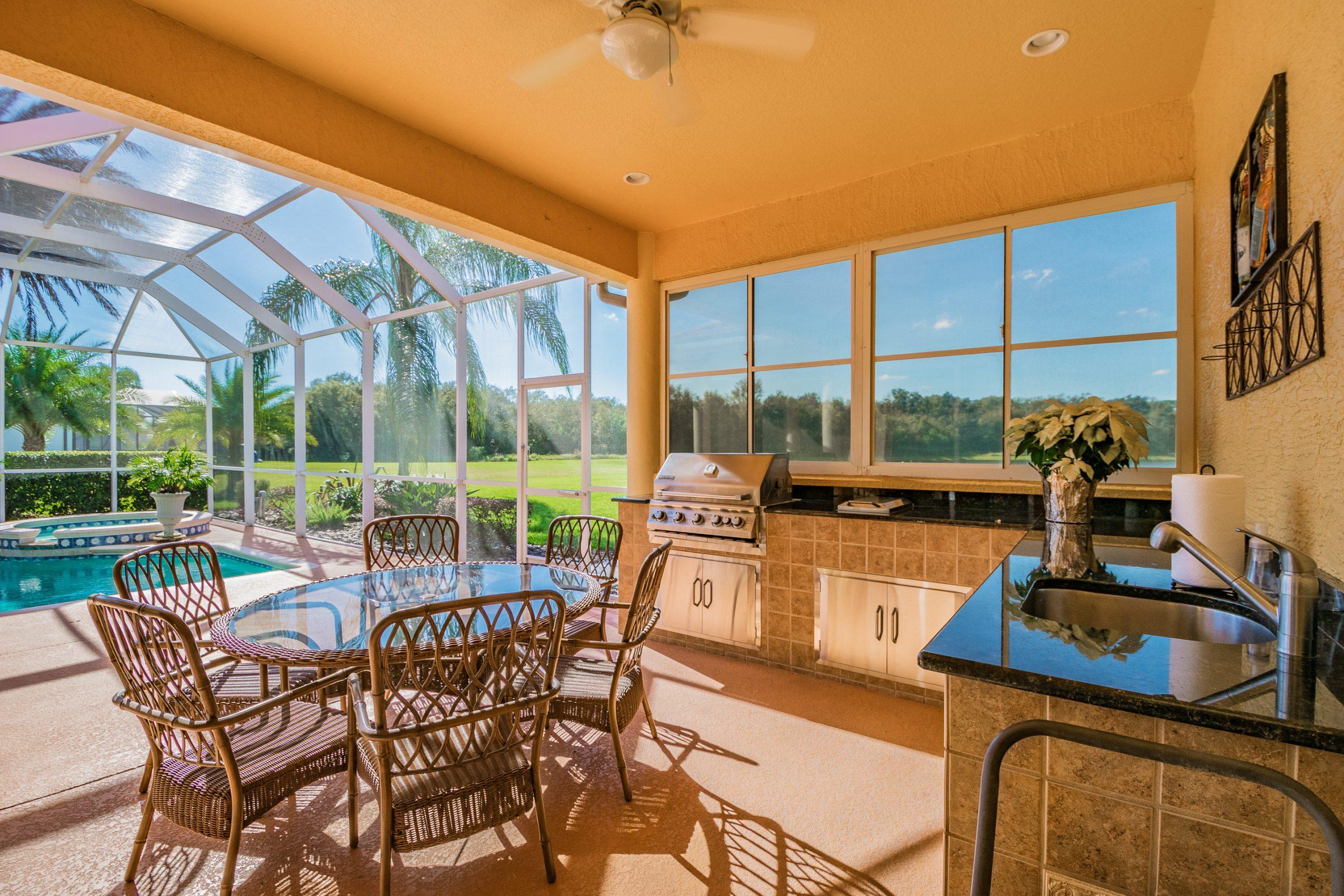 Orlando real estate photography outdoor living