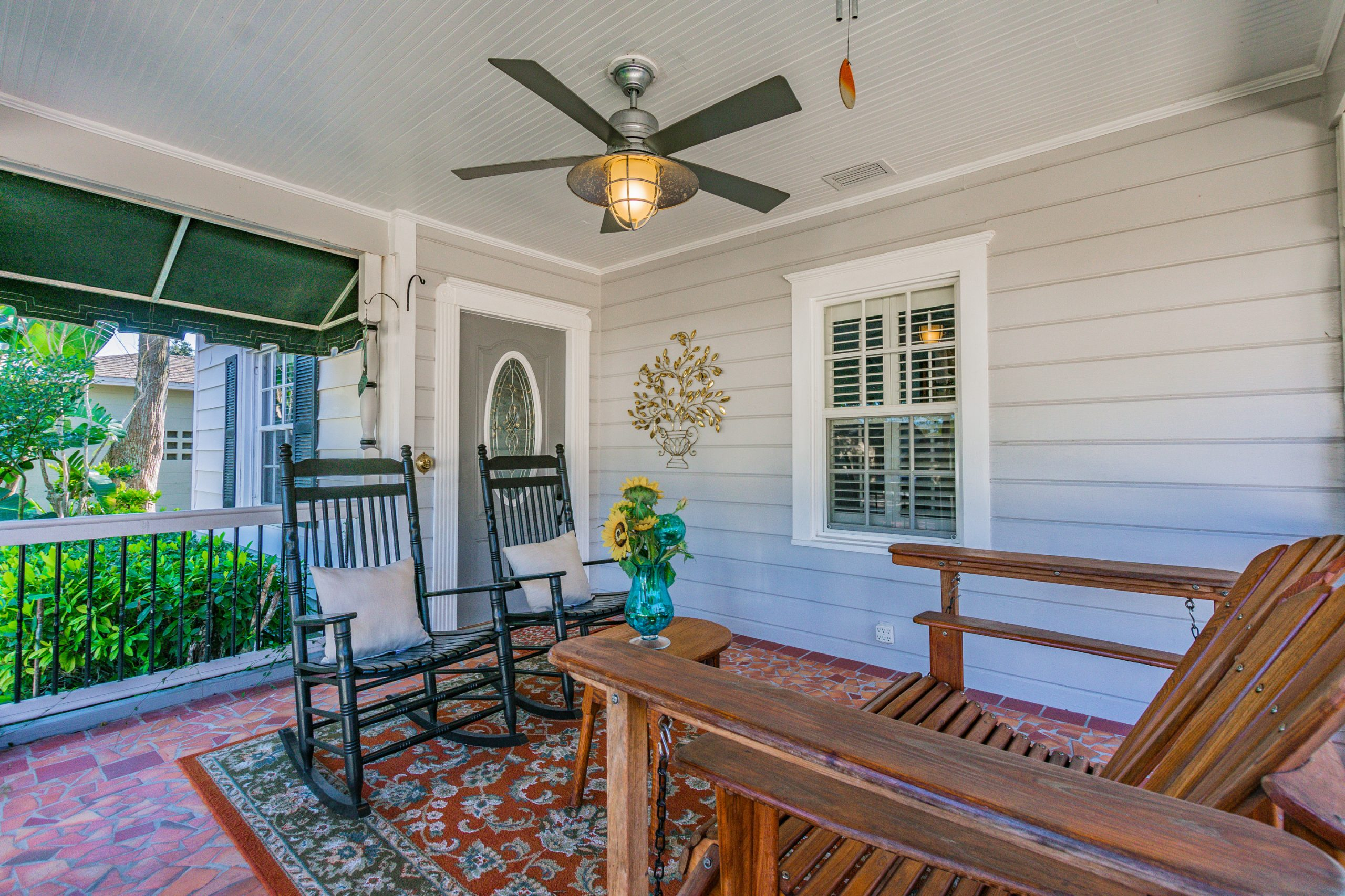 Tampa Bay real estate photography outdoor living